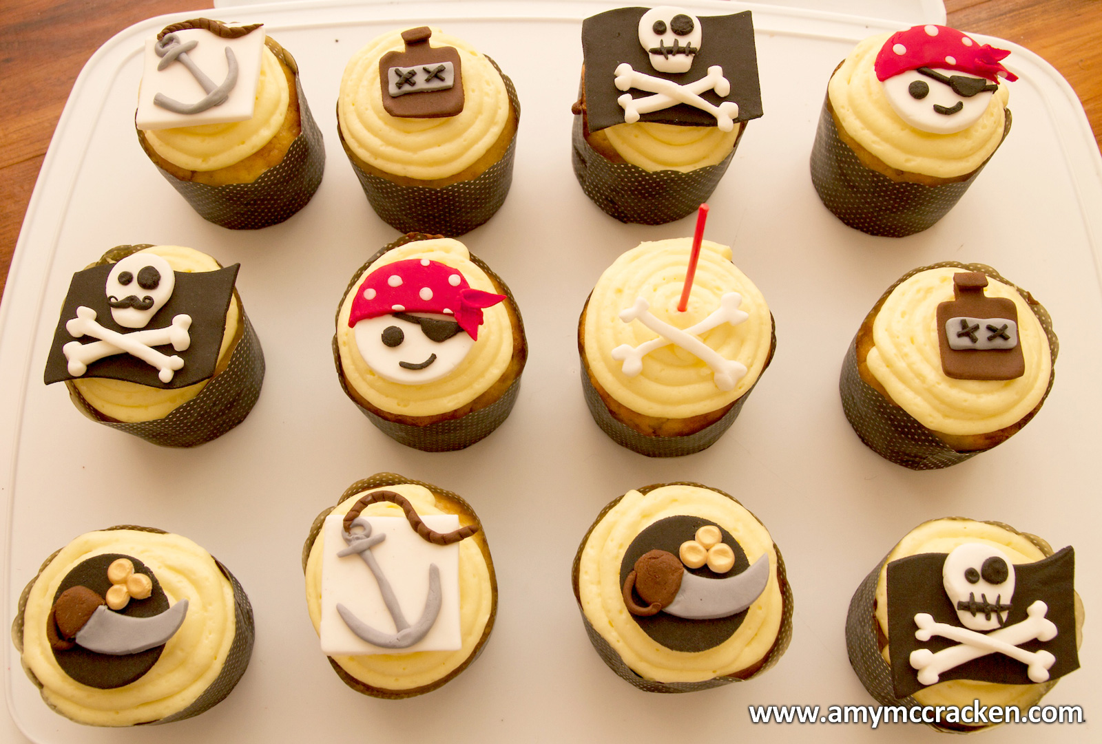 A M Y C R K E N Blog Archive Pirate Cupcakes